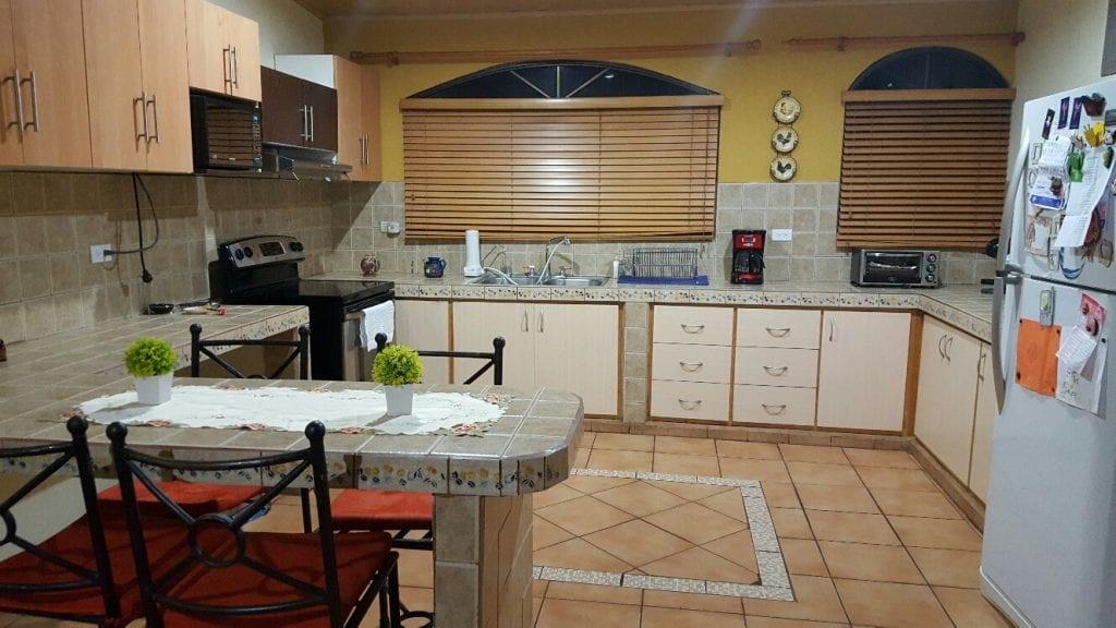 Casa en condominio en Grecia - Puente de Piedra - Bienes Raíces ...