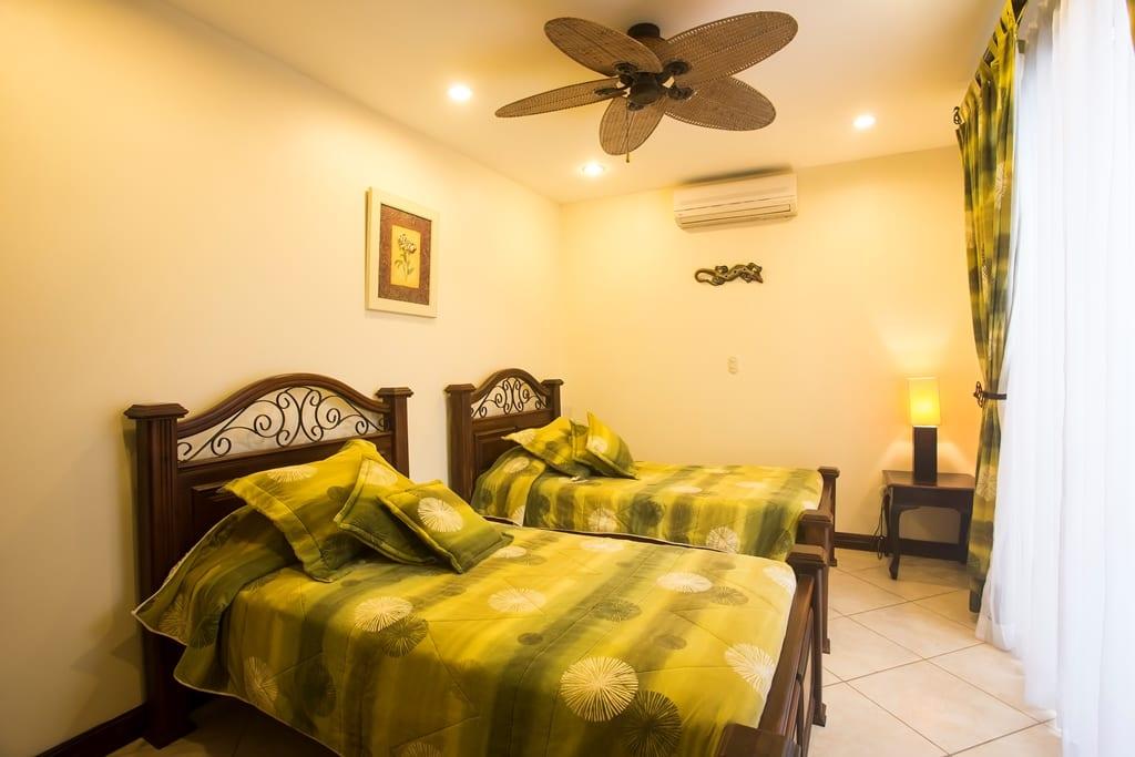 Apartamento en Condominio en Playa Jacó