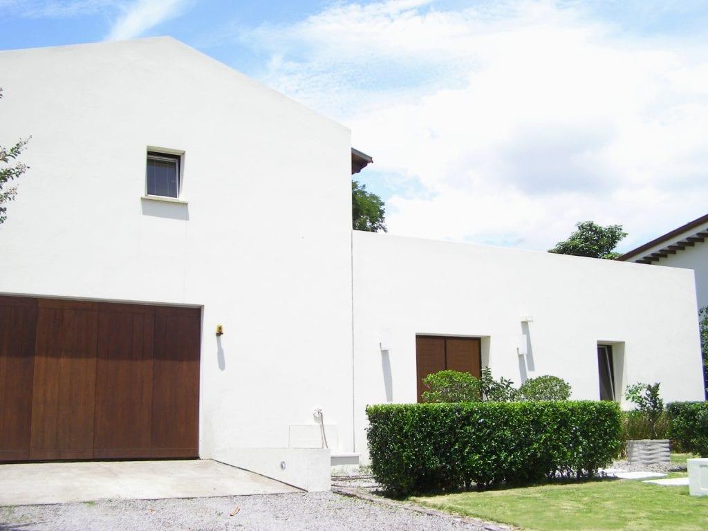 Casa De Lujo Moderna en Venta Santa Ana en Condominio