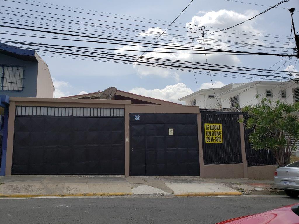 Casa para Oficinas en Sabana Norte cel 89161818 info.