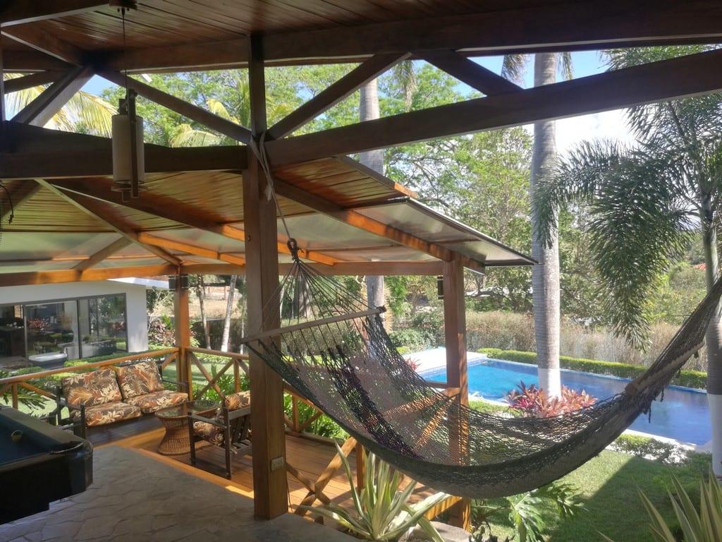 Se vende Hermosa Quinta con casa amueblada, piscina y cancha multiuso, ubicada en La Garita