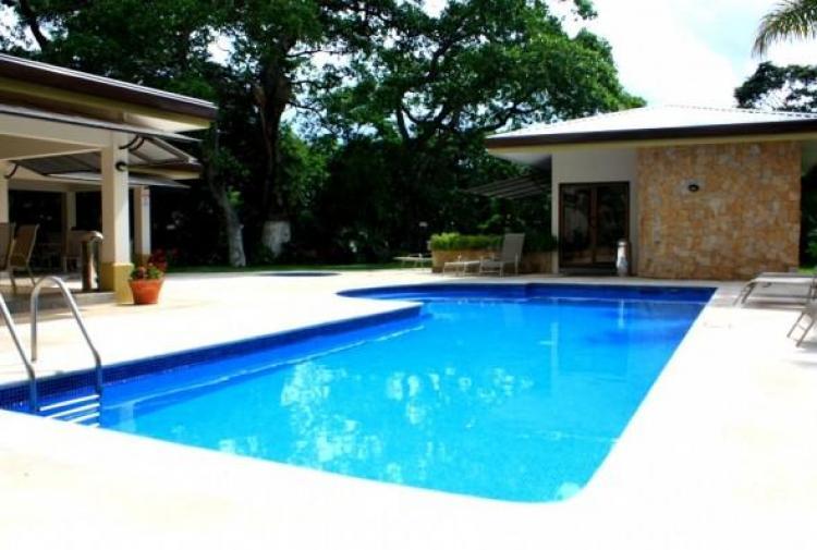 Avalon 1 Santa Ana Studio Semi-amueblado SOLO $675
