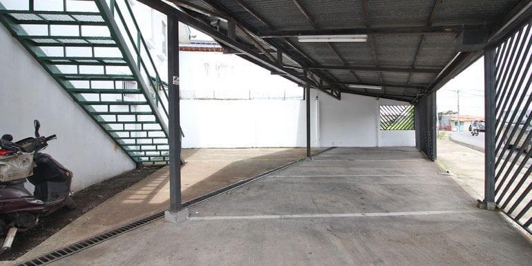 004-Estacionamiento-460-se-vende-apartamentos-venta-moravia-nuevoshorizontespropiedades