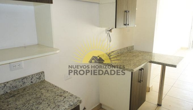 008-cocina-453-nuevos_horizontespropiedades-san_pablo-heredia-sevende-casa_jpg