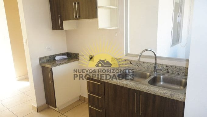 009-cocina_-453-nuevos_horizontespropiedades-san_pablo-heredia-sevende-casa_jpg