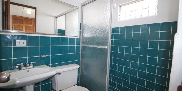 204-baño1-460-se-vende-apartamentos-venta-moravia-nuevoshorizontespropiedades