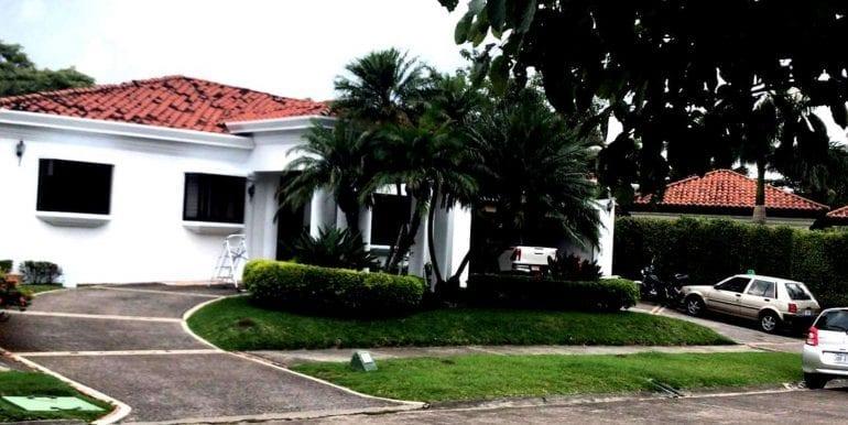 Venta Casas en Santa Ana24